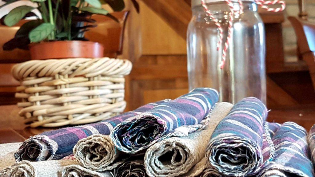Textil, mosható takarítókendők, hulladékmentes fürdőszoba takarításhoz.
